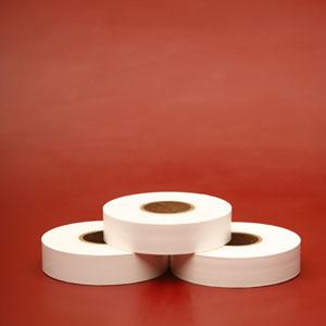 Etiquetas de Poliamida en Blanco